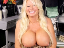 Getting To Know A Massive titted, Hard-Nippled MILF