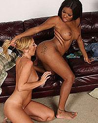 Kelly Wells & Candice Nicole