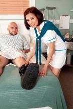 Nurse Kim heals the sick, shags the stupendous hard-on